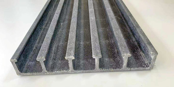 玻璃钢制品是不是很容易碎?欧升玻璃钢告知你