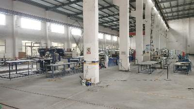 欧升玻璃钢拉挤生产车间